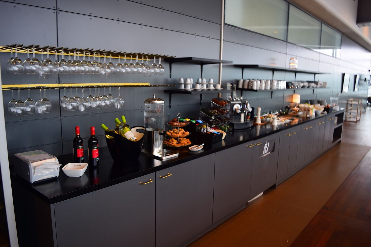 Review Of Air Serbia Flight From Stockholm To Belgrad In Business # Cuisine Stockholm Darty