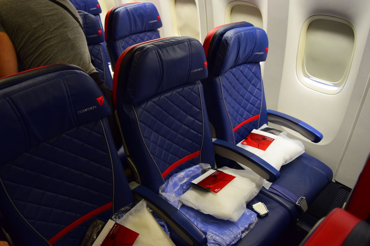 Review Of Delta Air Lines Flight From Los Angeles To