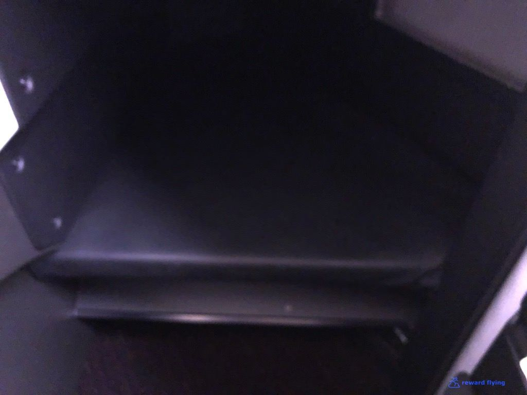 photo jl711 seat footwell ottoman